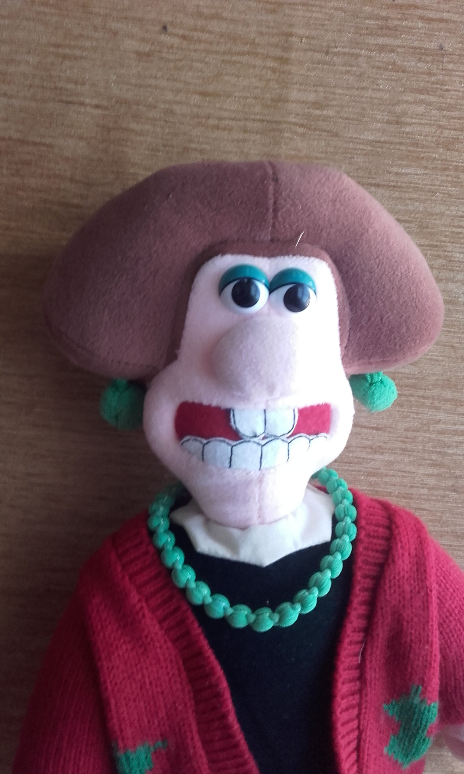Wallace and Gromit Vintage Wendolene in Christmas Cardigan Stuffed Cuddly Soft Toy. 1989. Made by Born to Play TM. Plush Clean Condition.