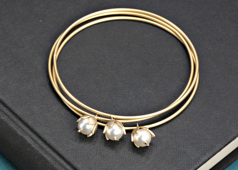 Gold Bangles Bracelet Pearl Bracelet Bangles, Set of Three Gold Bangles Flower Bracelet, Bridesmaid Gift Idea, Modern Bangle, Bridal Jewelry