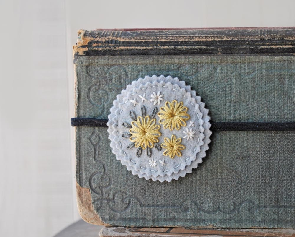 Country Chic Headband - Dove Grey, Pale Yellow and Ivory