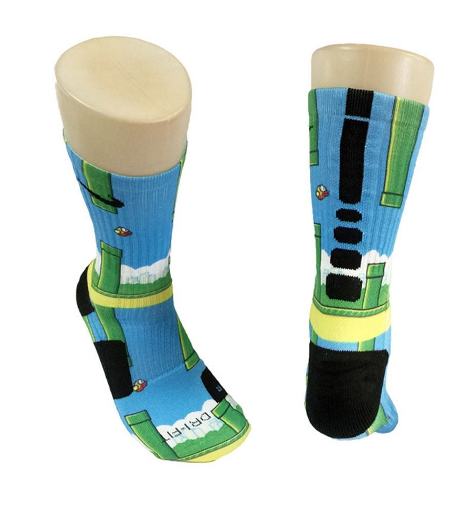Amazoncom Nike DriFit Elite Basketball Crew Socks Teal