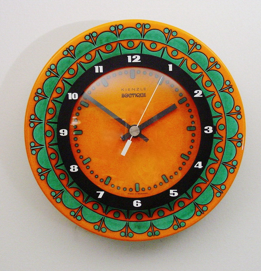 Orange pottery wall clock kienzle boutique mid by clubmoderne for Kienzle wall clock made in germany