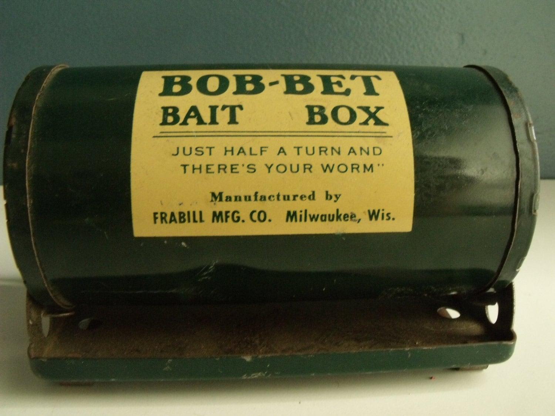 Bob bet fishing bait box metal worm holder belt by ktsattic for Fishing worm box