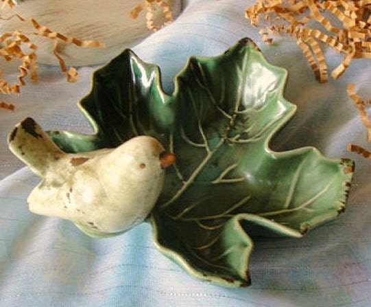 Gorgeous Estate Sale Vintage Bird on a Leaf Decorative Dish Beautifully Detailed Patina - JunkGypsee