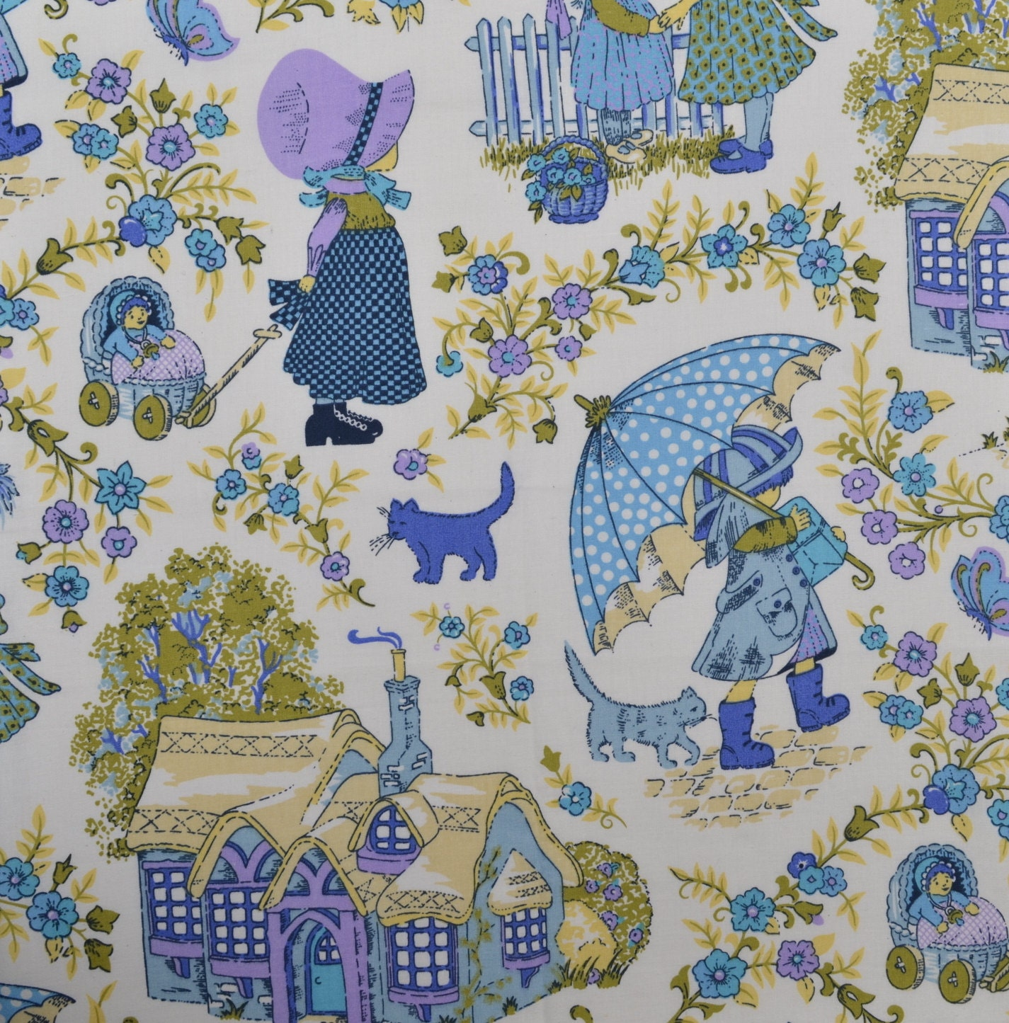 Vintage childrens fabric fq by patternlike on etsy for Vintage childrens fabric