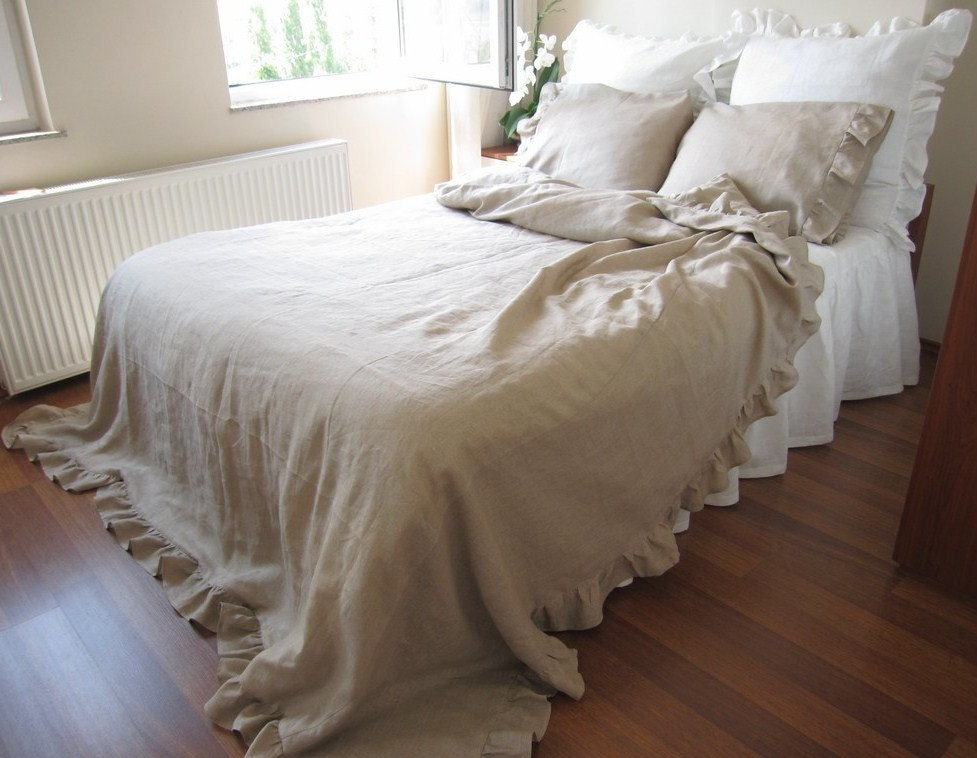 Queen size linen ruffle duvet cover solid camel beige or for Frilly bedspreads