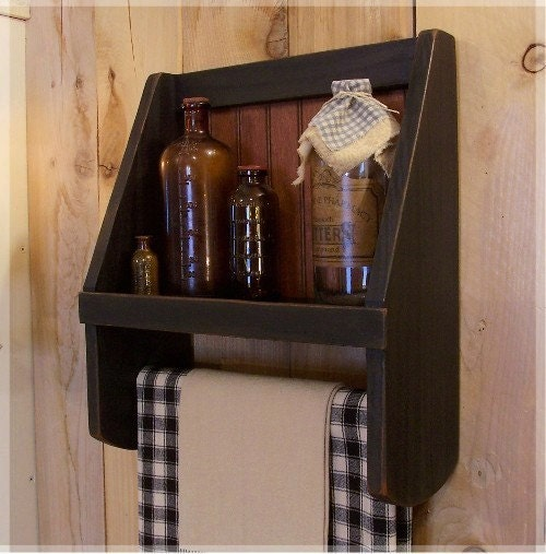 Innovative Rustic Bathroom Shelves Made From Reclaimed Pallet Wood