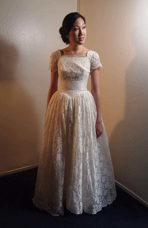 Items similar to vintage wedding dress princess style xs for 60s style wedding dresses