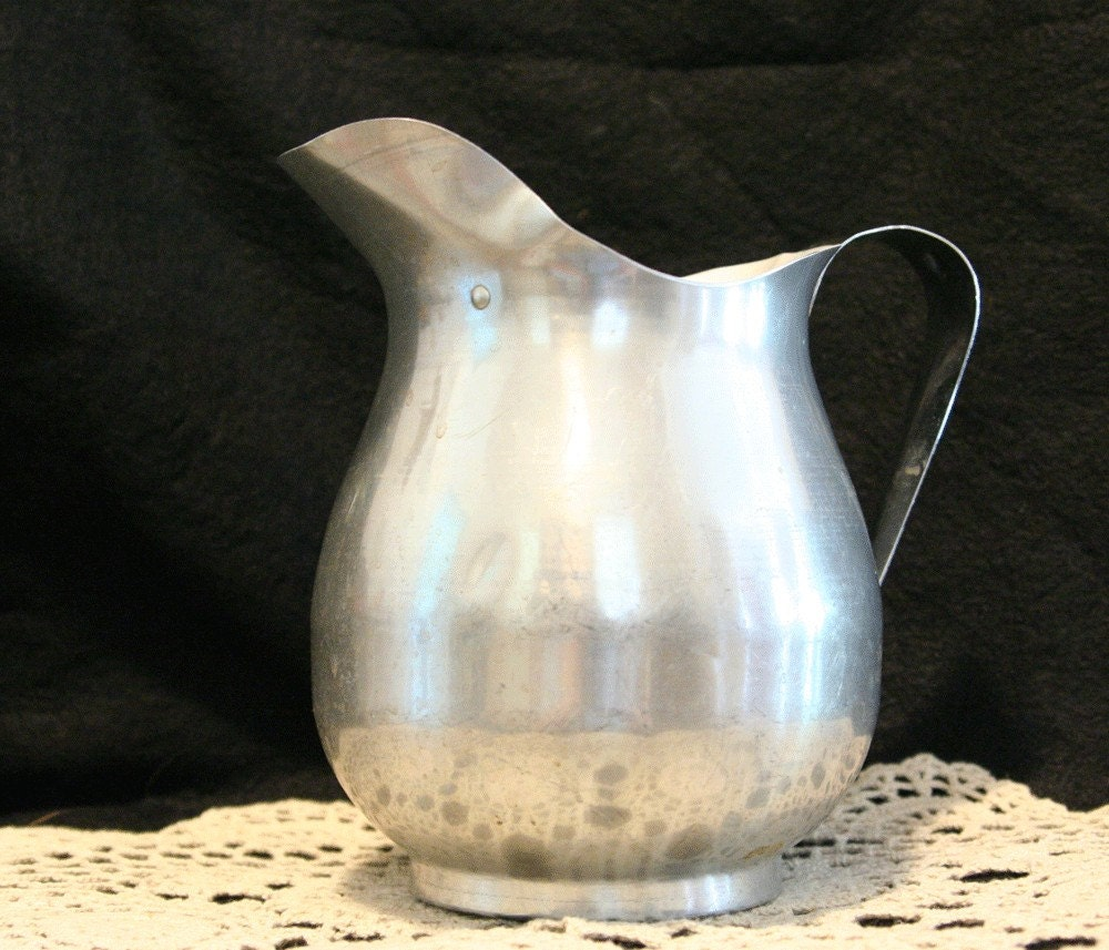 Vintage Retro Aluminum Metal Pitcher - 40.0KB