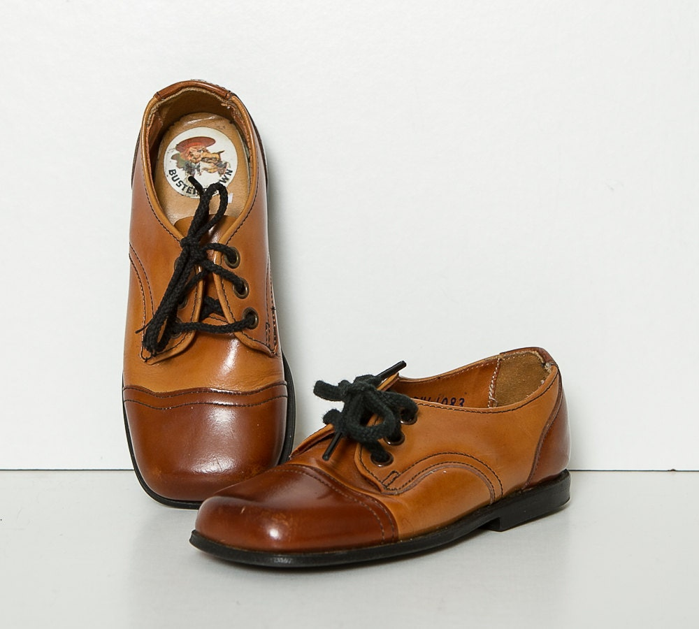 vintage 1960s toddler oxford shoes by StopTheClock on Etsy