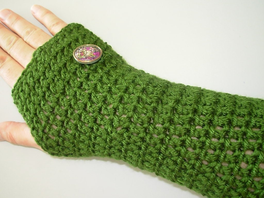 Crochet Pattern Fingerless Gloves PDF Instant by seahorsedesigns
