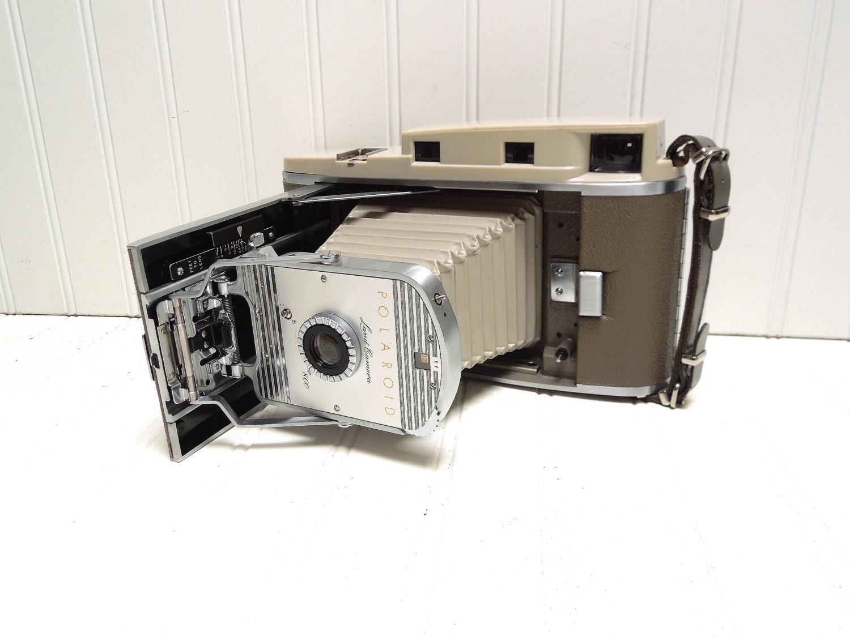 Old fashioned polaroid camera for sale 59