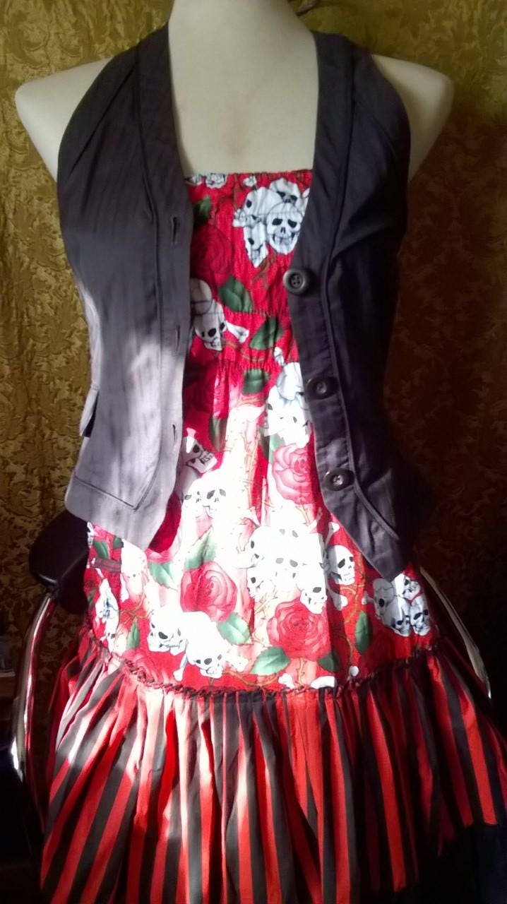 Gothic Rockabilly size 1416 Muerto Phycho Skulls and roses tattoo wear Mexican off the shoulder lolita spanish style dress pirate fantasy