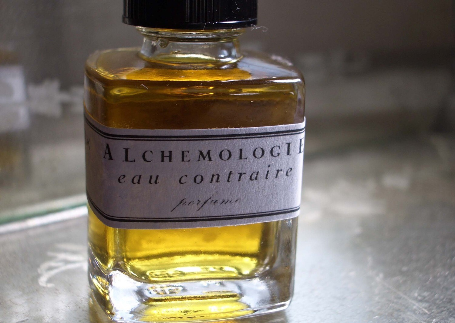 Eau Contraire Natual Perfume - herbalalchemy