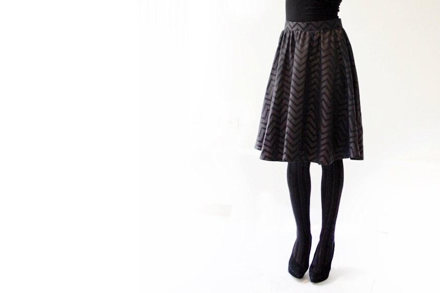 Grey zigzag skirt - MikiBeFashion