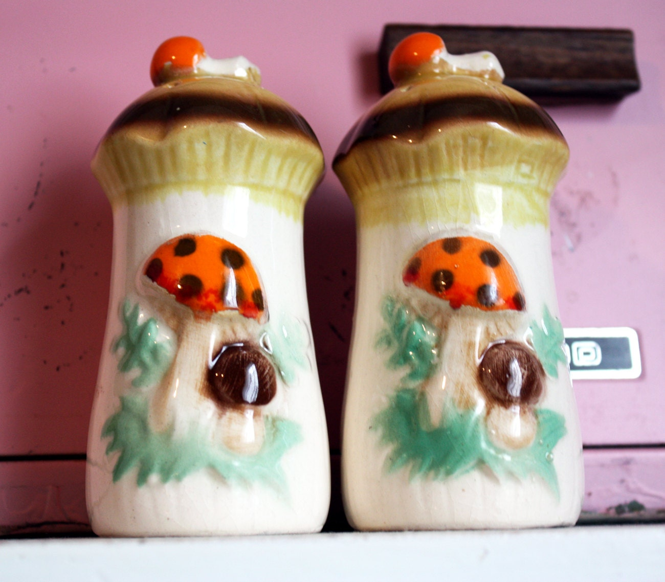 Funky Vintage Mushroom Salt And Pepper Shakers By Kitschparade