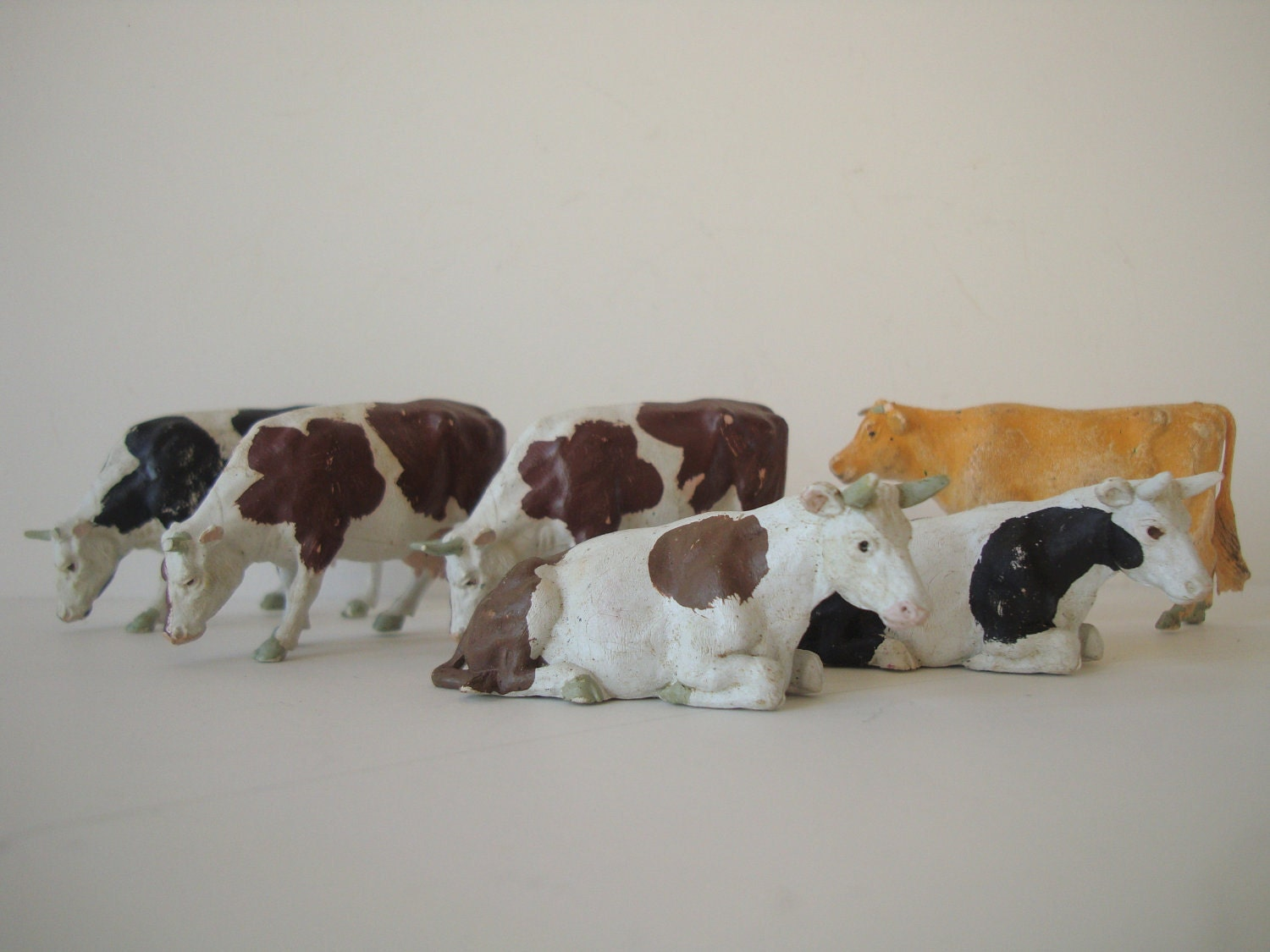 Vintage Cows  for Your Private Collection Nicely Detailed  Britains ltd. England 1960s Set of 6