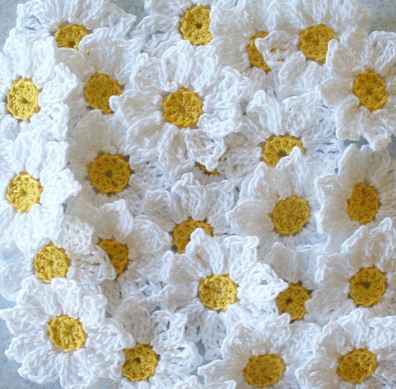 Crochet Daisy Flowers, Handmade, White, Yellow, Appliques - set of 16 - IreneStitches