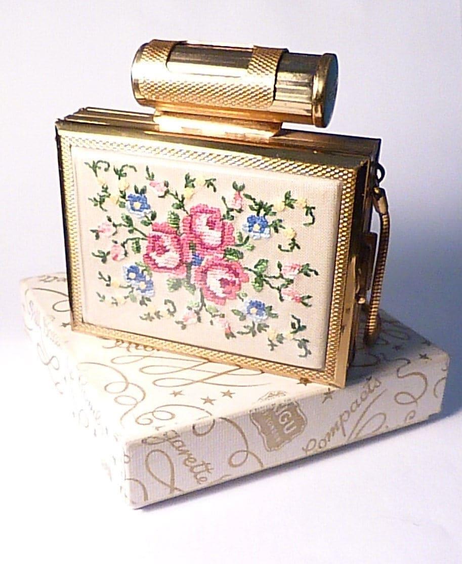 Vintage boxed Kigu Party Case petit point vanity case