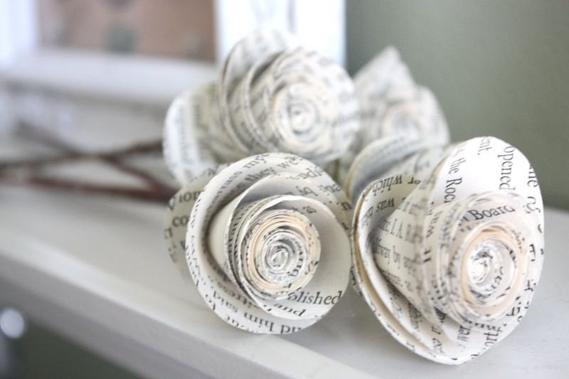 paper roses. repurposed book. small. set of 5 - dragonflies