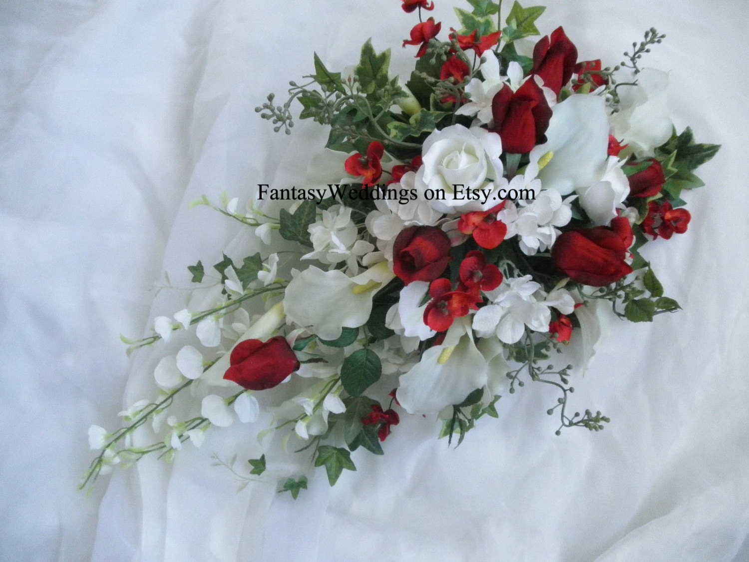 White lilies and roses bouquet