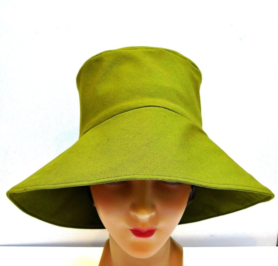 Retro Sun Hat in Cilantro Canvas - Made to Order in Your Size - bonniesknitting