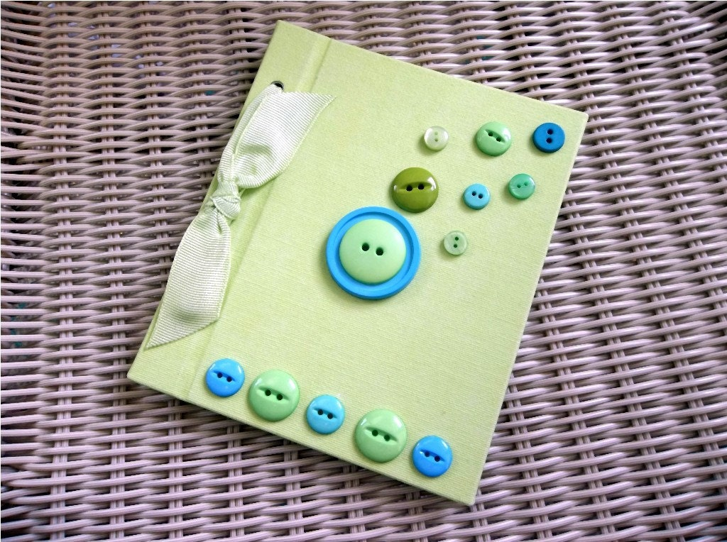 Button Photo Album - Granny Apple Green, Blue