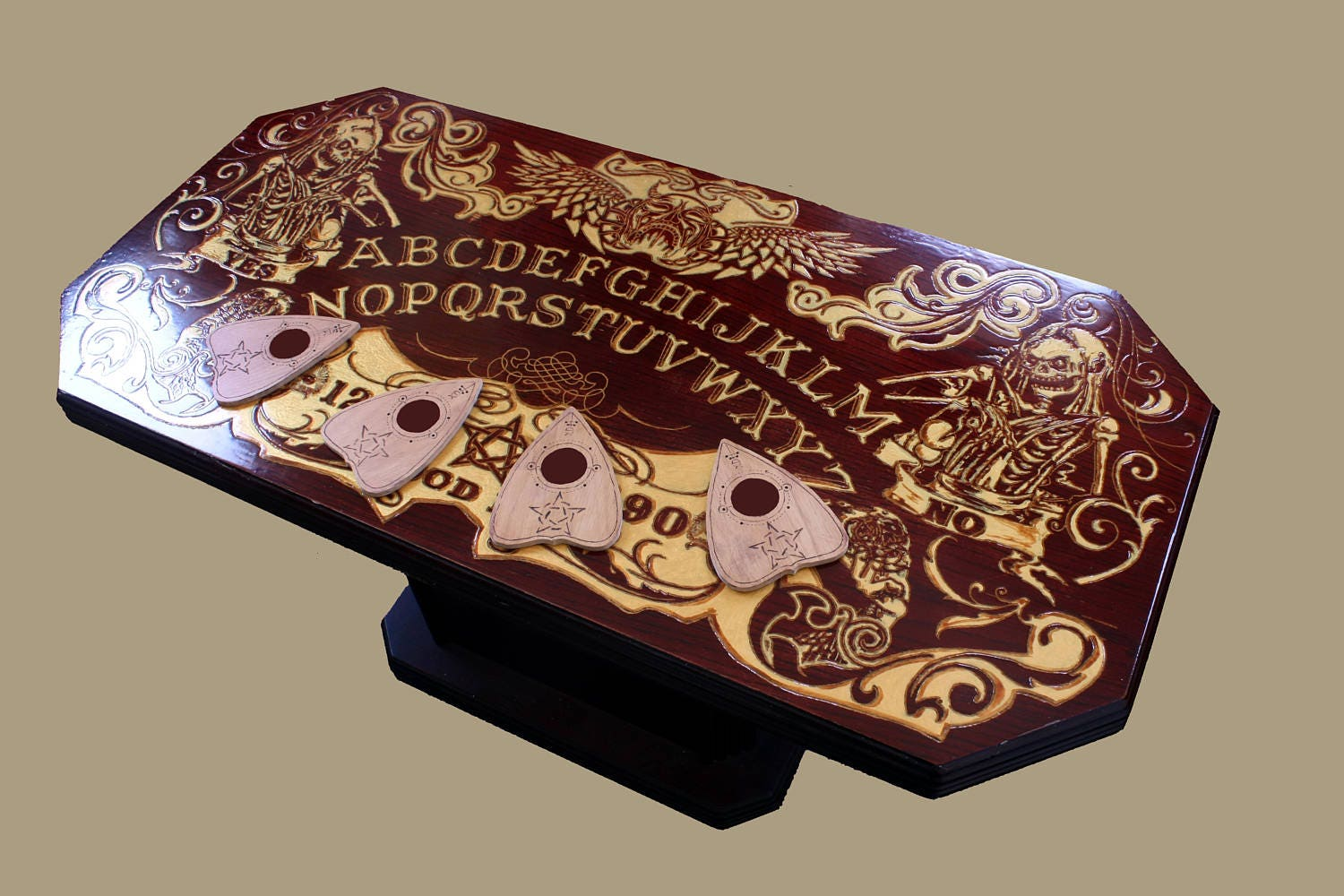 Ouija Board Pedestal Coffee Table   4 Planchette CoastersEngraved Design Finished Gold AcrylicCoated with VarnishH 45 W 100 D 50 (cm)