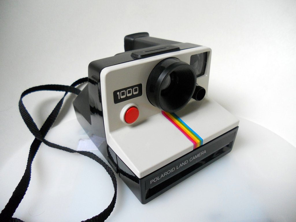 items similar to sale polaroid land camera 1000 red button takes sx 70 instant film on etsy. Black Bedroom Furniture Sets. Home Design Ideas
