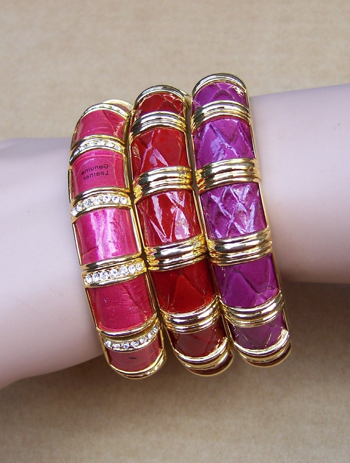 Vintage Joan Rivers enamel rhinestone expanding stretch bracelet Classic Collection bangle choice of light medium or dark pink (AAD)