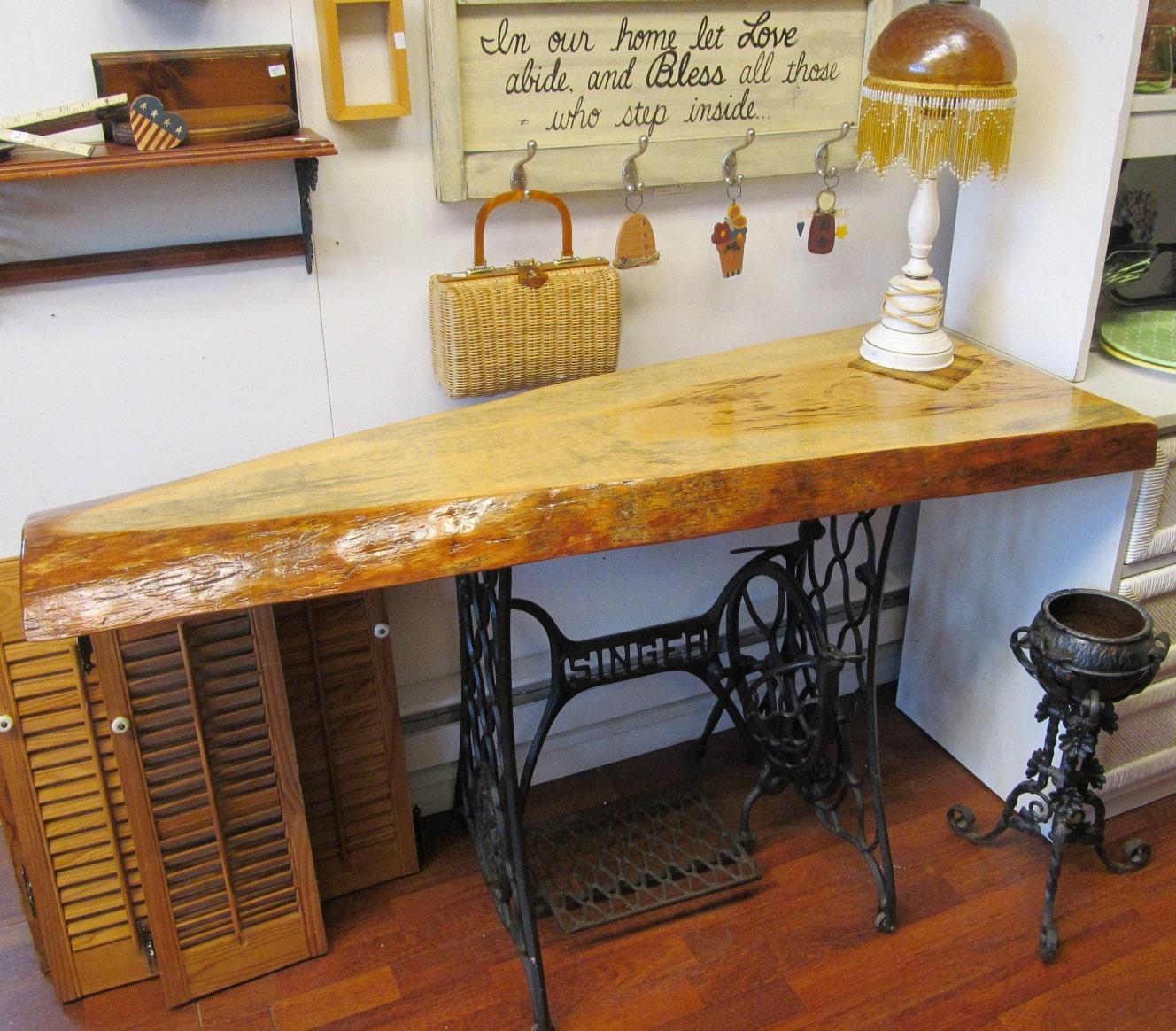 Как сделать столик своими руками из швейной машинки