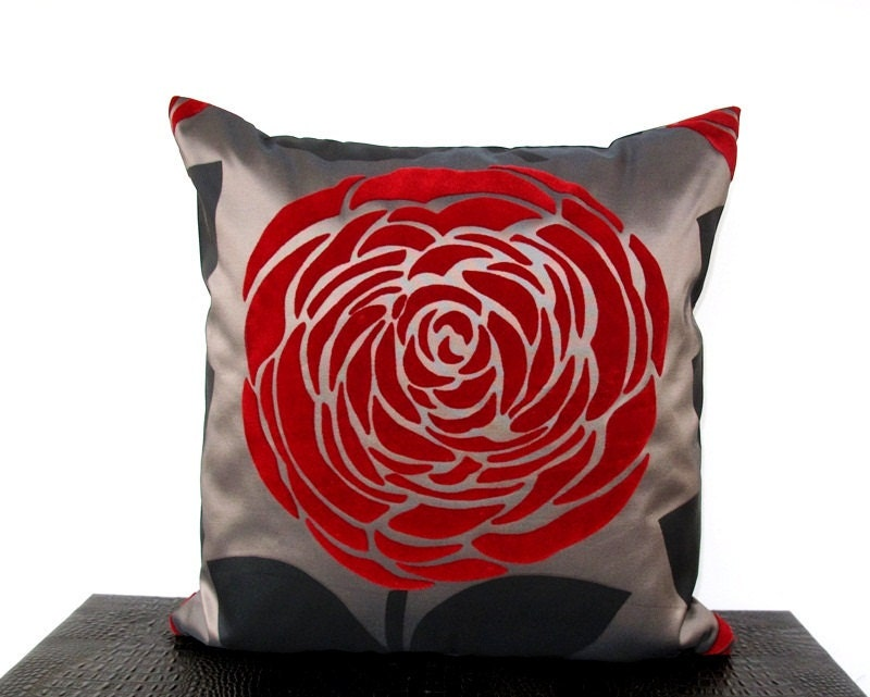 Red Rose Silky Satin Handmade Ecofriendly Pillow Cover 16'' x 16''