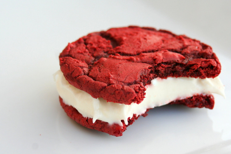 Rockin' Red Velvet Cookie-Wiches -1 Dozen - tookies
