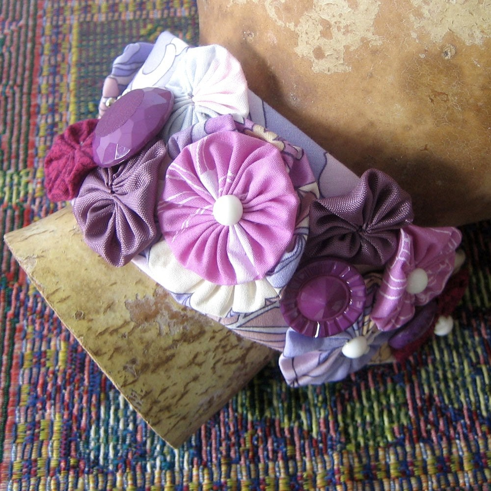 Raspberry and Cream Cuff with Fabric Yoyos and Buttons OAAK - BigIslandRoseDesigns