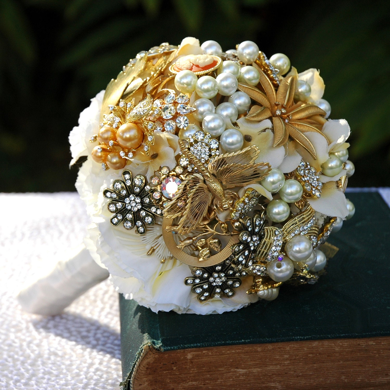 Vintage Jewellery Wedding Bouquets : Gold bridal brooch bouquet great gatsby wedding by bohobridal