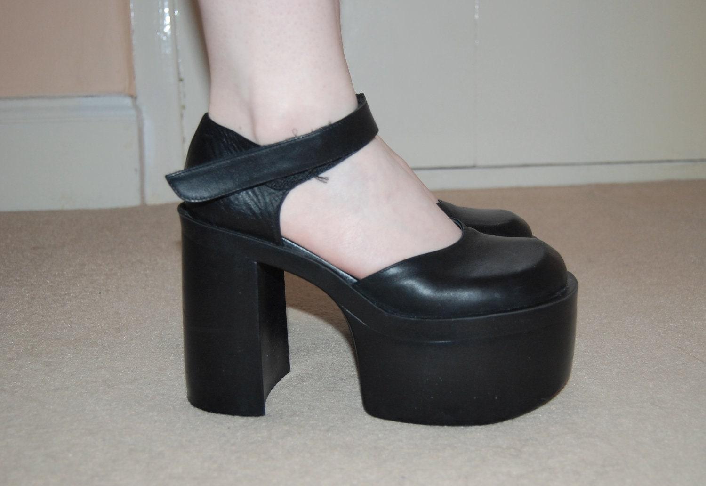 Unique 90s Black Platform Slides  10 Women39s Shoes By DEEEPWATERVINTAGE