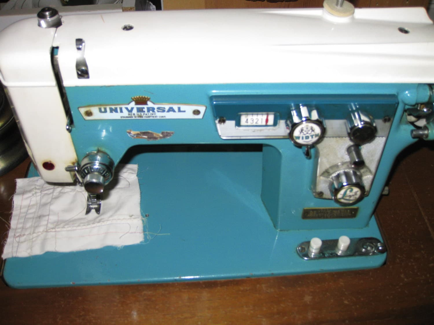 vintage universal sewing machine