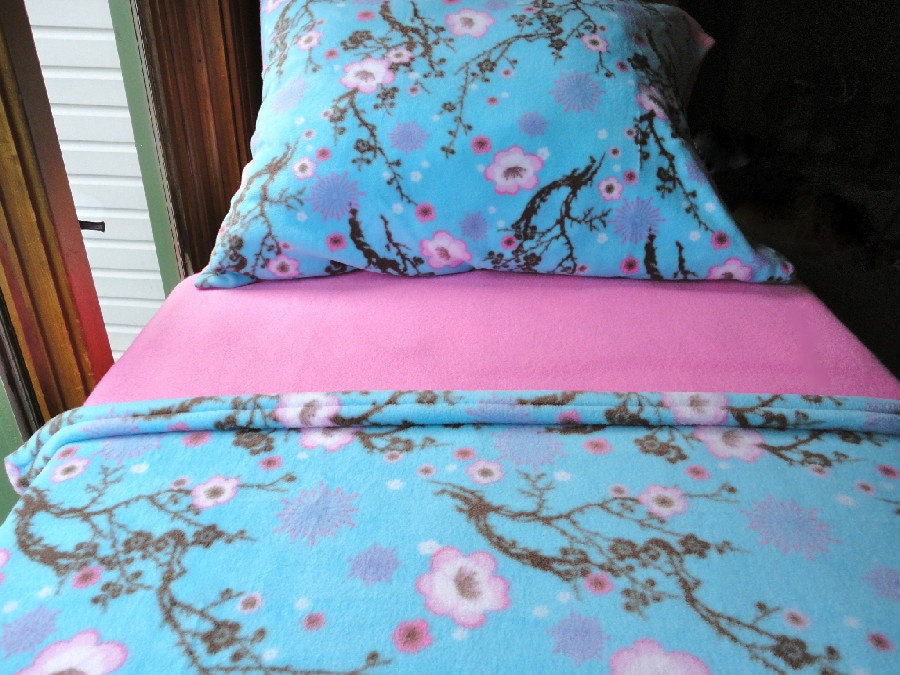 Toddler / Crib Fleece Bedding Set  'Flowering Cherry Blossoms' for Girls  Fits Crib & Toddler Beds