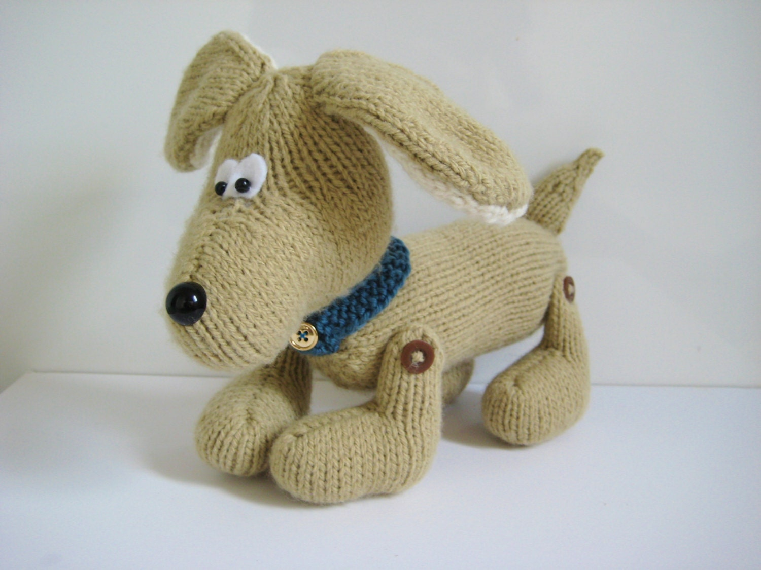 Knitting Patterns For Toy Dogs Free : Biscuit the Friendly Dog toy knitting pattern with by fluffandfuzz