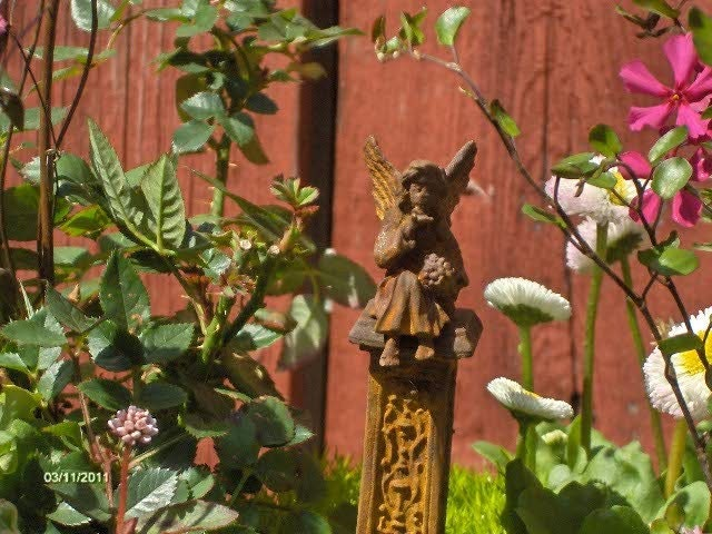 Kissing Angel Statue For Fairy Garden Or By Gardenflowers1