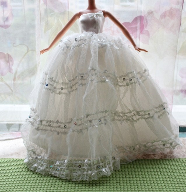 Free Knitting Pattern For Barbie Wedding Dress : Marquises blog: Crochet Barbie Doll Wedding Dress Mary Layfield 39s Crea...