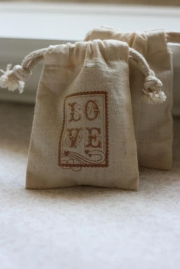 muslin favor bags A LoVe StAmP x10, muslin wedding favor bags, gift ...