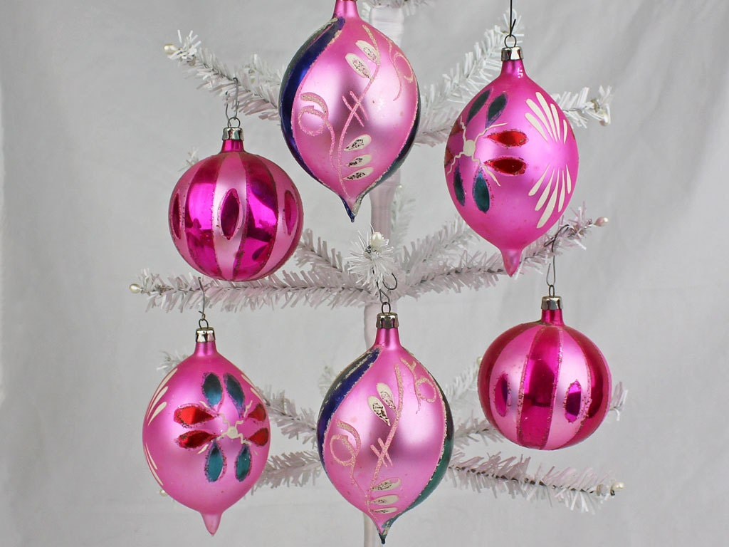 Vintage Pink Christmas Ornaments, 6 Hand Painted Teardrop and Ball Shapes, Free Shipping - CarnabyVintageJewels