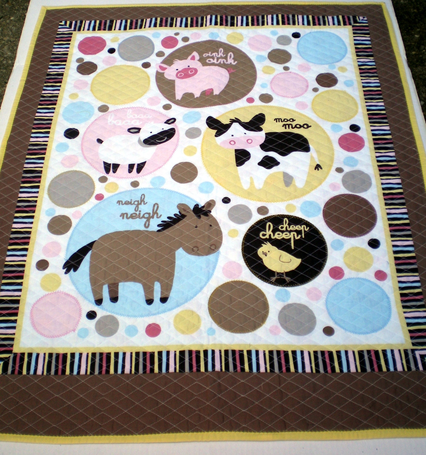 The Farmer in The Dell Quilt, Farm Animal Quilt, Adorable Animal Quilt