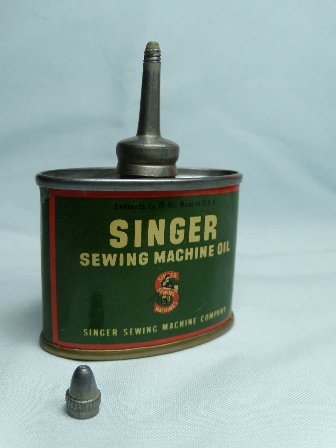 singer sewing machine can