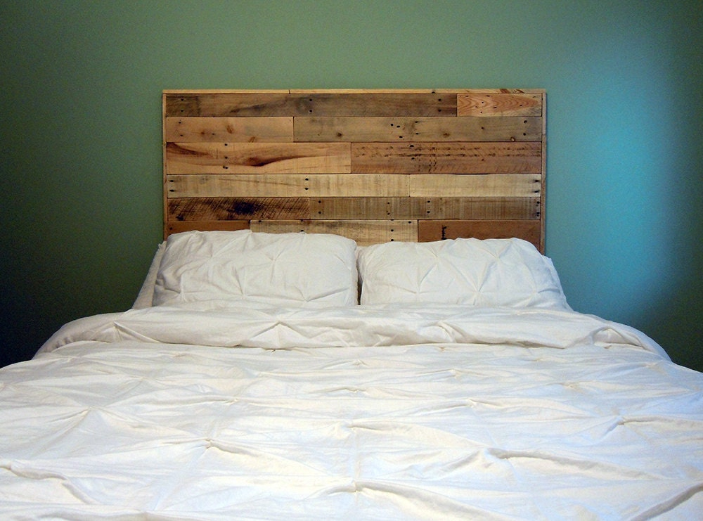 sale pallet headboard twin full queen by sibusfurnituredecor. Black Bedroom Furniture Sets. Home Design Ideas