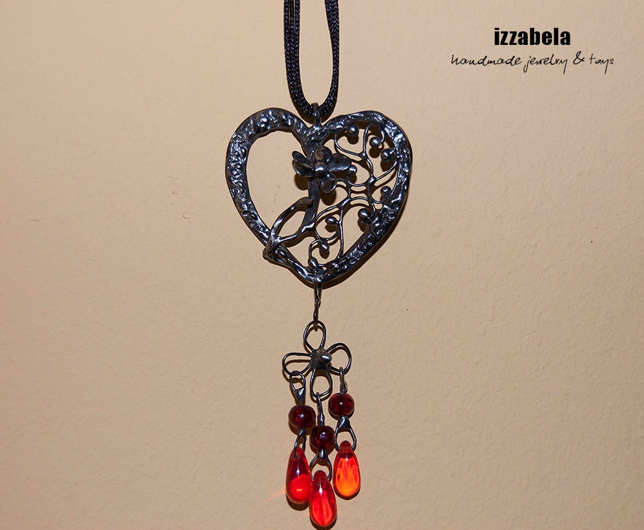 Heart Valentine's Day Openwork Ornamental Pendant stylized to old silver - retro, vintage, style - izzabela