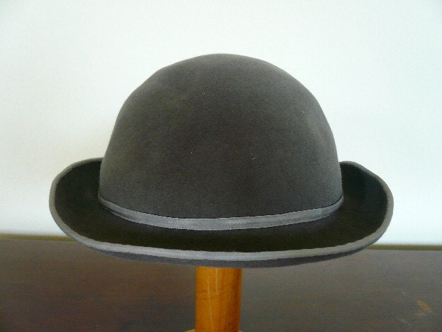 VTG Wool Felt  Bowler Hat Charcoal Grey Soft Supple Mint Vtg condition - ShopVintageCool
