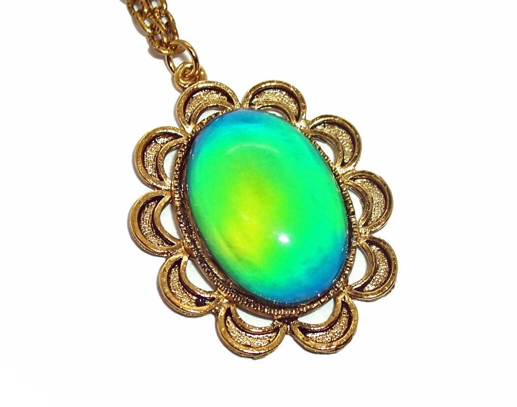vintage setting mood necklace color changing goldtone