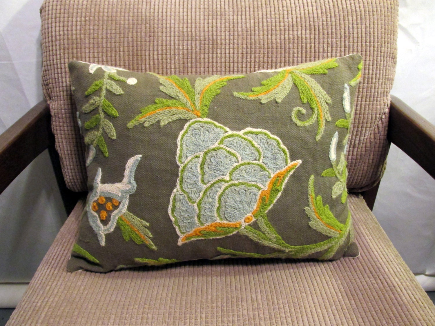 Hunter Green Throw Pillow : Hunter Green Crewel Decorative Pillow Cover One of by sewwhatsup