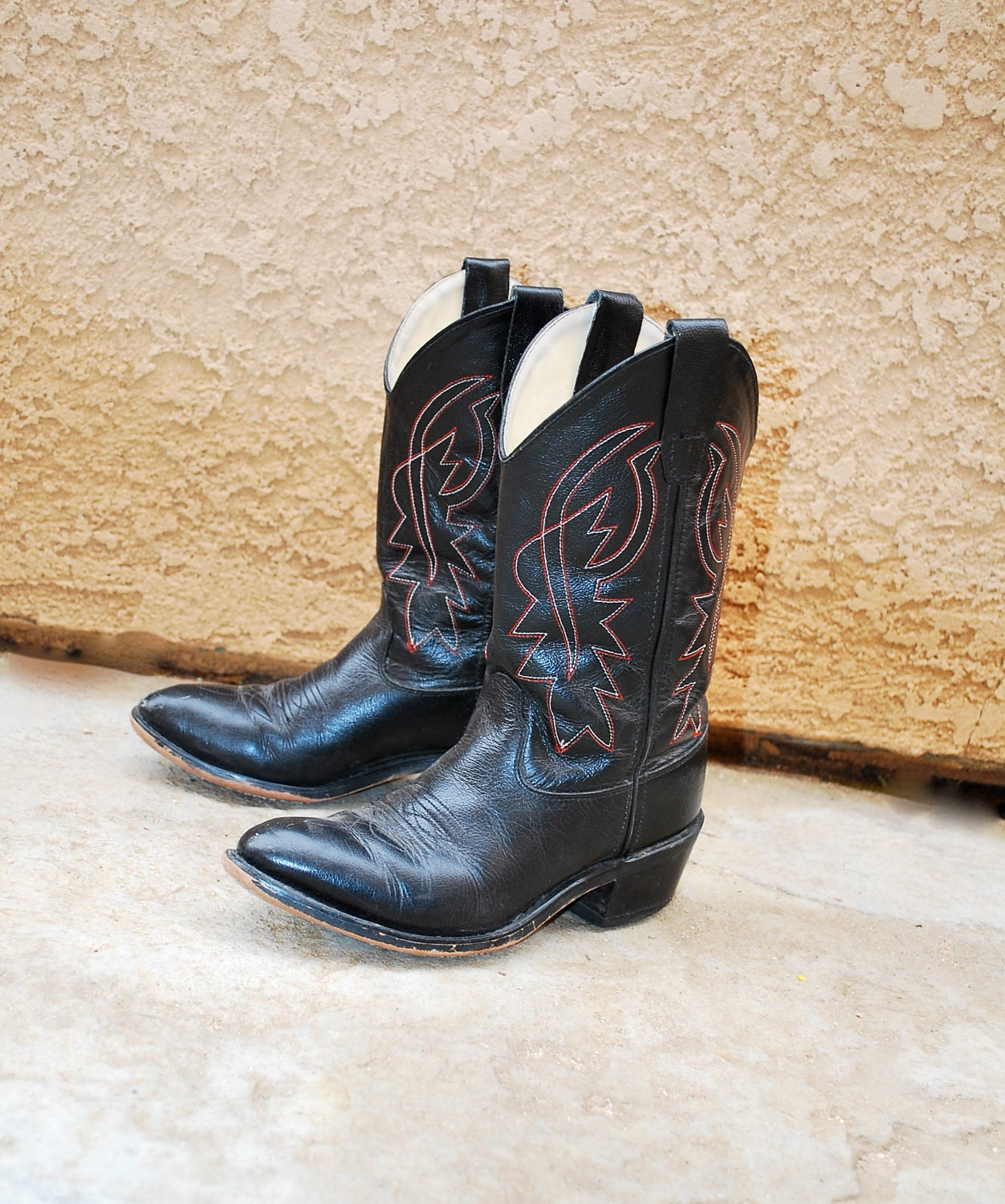 cowboy boots black leather womens size 6 by newagegypsy